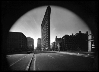 New York City. Flat Iron Building. 1969., by &lt;a href=&#39;/site-admin/artists/artist/973&#39;&gt;Elliott Erwitt&lt;/a&gt;