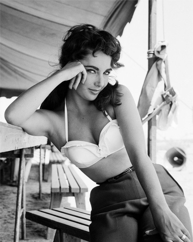 "Frank Worth, Elizabeth Taylor classic portrait on set of ""Giant"""
